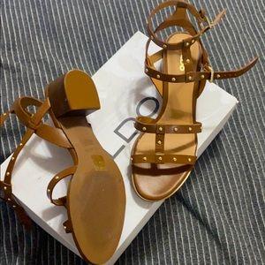 New aldo sandals size 8 1/2